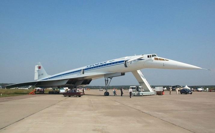 ТУ-144 сверхзвуковой самолет. Летать ли пассажирам быстрее звука?