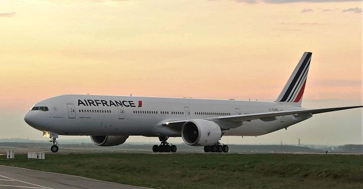 Все о самолете Боинг 777. Модельный ряд самолетов Boeing 777, характеристики, вместимость салона, скорость, вес